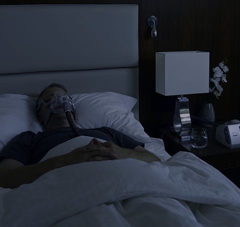 man-sleeping-with-aircurve10-cs-pacewave-mobile