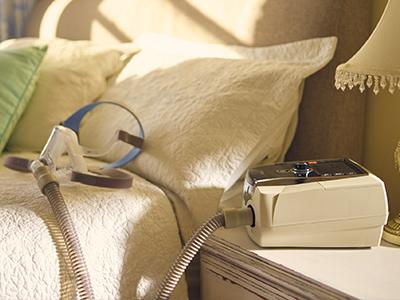 ResMed Beatmungsgerät und -maske für die nicht-invasive Beatmung